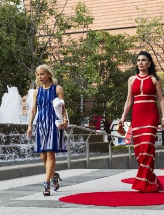 Shelley Gordon (left) and Afsaneh Akhtari walk into Yerba Buena Center for the Arts to attend SFMOMA's Modern Ball in San Francisco, Calif., on Wednesday, April 30 2014. Photo: Laura Morton, Special To The Chronicle